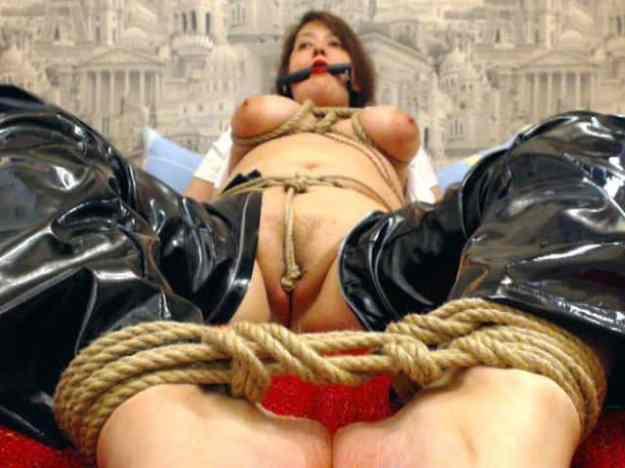 female slave punished