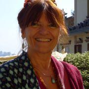Verena J Smith