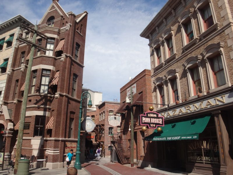 10 Reasons To Visit Orlando's Universal Studios WITHOUT YOUR KIDS