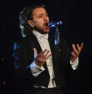Solo Opera Singer