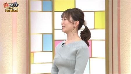 片渕茜アナのニット巨乳