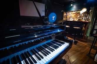 おっぱいピアノ