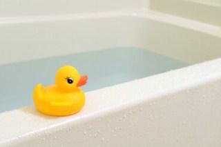 姉と一緒にお風呂に入る