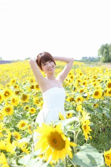 2016年8月28日追加 橋本奈々未の生脚画像013