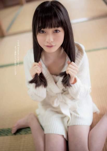 橋本環奈の脚画像003