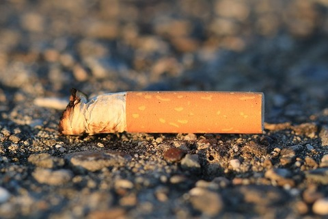 cigarette-1902522_640
