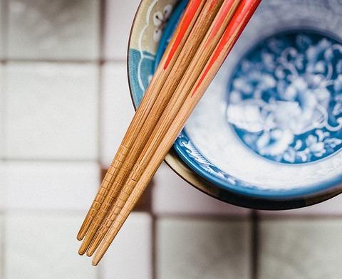 chopsticks-932834_640