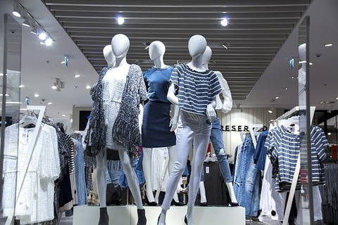 shopping-mall-1316787__340