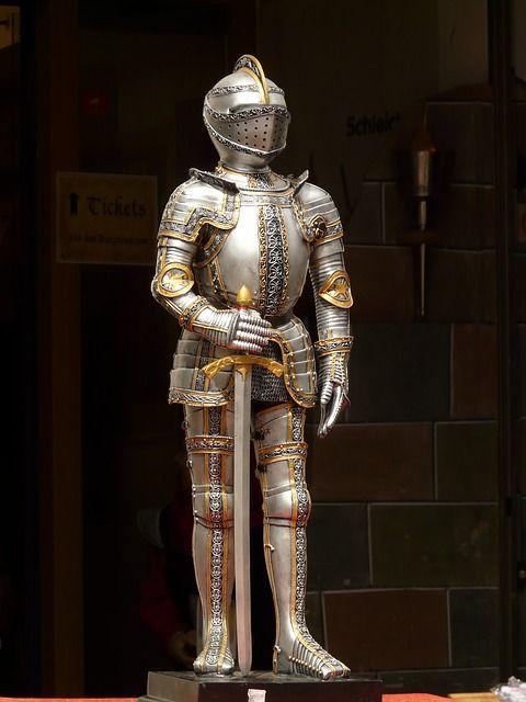 knight-52165_640