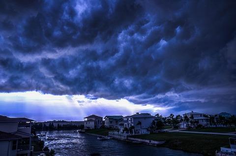 storm-426787_640