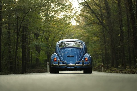 car-1835506_640