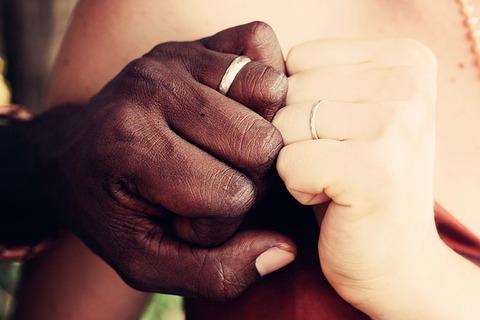 couple-1246304_640