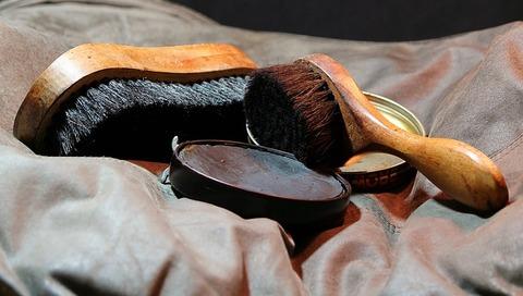 shoeshine-72477_640