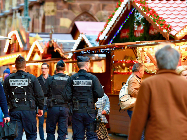 French-Christmas-Market-640x480