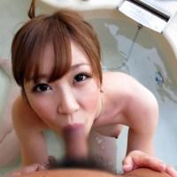 風呂場で女の子とエッチしてる画像ください