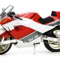 マイナーで安い400ccのバイク教えてください!