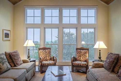 living-room-389264_1280_R