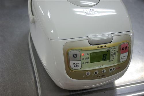 1200px-東芝の炊飯器_2011_(5795999057)_R