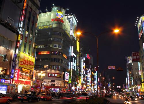 Kabukicho-Shinjuku-Tokyo_20120204