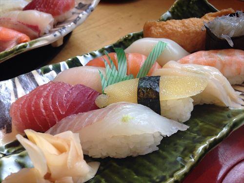 sushi-975075_1280_R