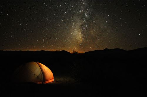 1024px-Camping_in_Death_Valley_R