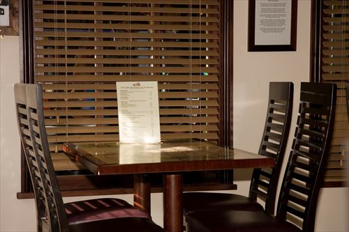 restaurant-220409_1280_R