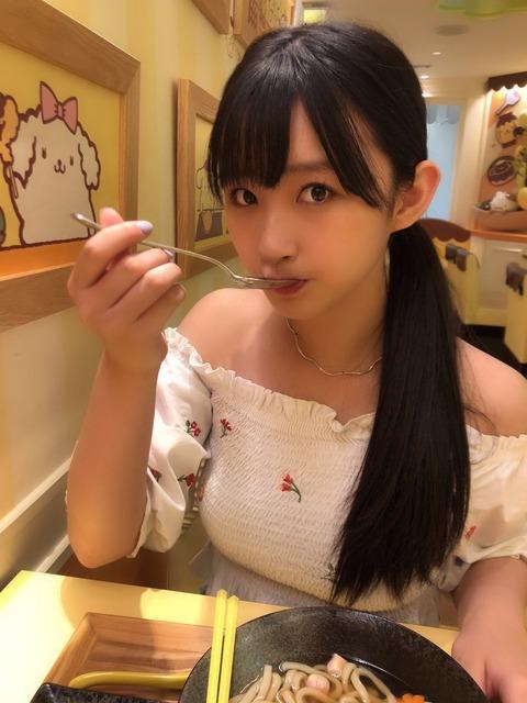 【乳報】HKT48松本日向ちゃんのお●ぱいボインボインwwwwww