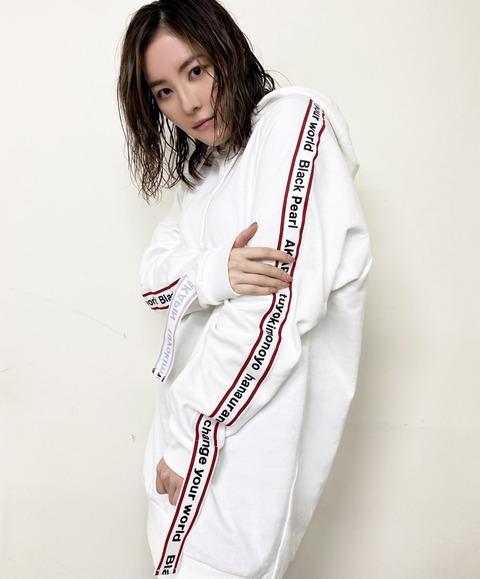 【SKE48】松井珠理奈プロデュースのパーカーがWEGOと全く同じデザインだけど、これはコラボ商品なの?