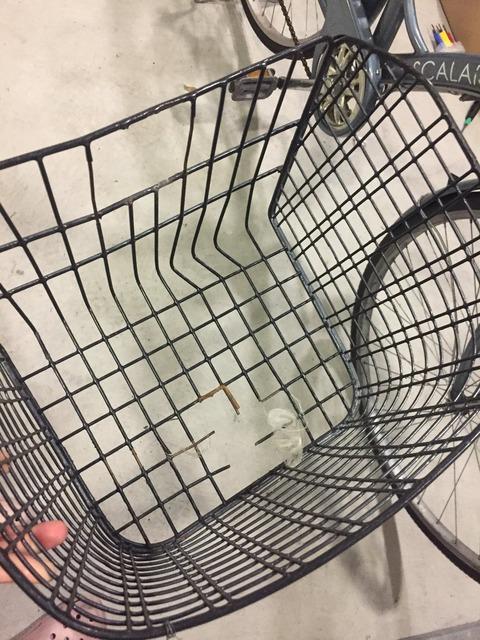 【SKE48】松村香織が8年間乗り続けた自転車の籠が遂に壊れる