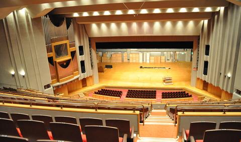 【朗報】HKT48、北九州ソレイユホールにてコンサート開催決定!