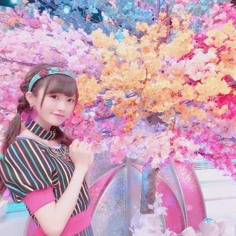 【悲報】NGT48中井りかさん、加工しすぎで完全に別人にwww