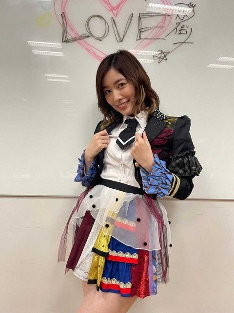 【朗報】松井珠理奈さんのオンラインサロンが遂に始動!卒業公演以来5カ月ぶりにファンと交流