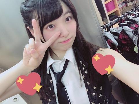 【AKB48】久保怜音ちゃんがジョリ脇をスタンプで隠すも余計気になってしまう