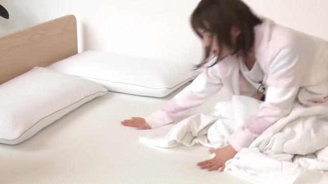 弘中綾香 話題マットレスで寝心地検証!! 15