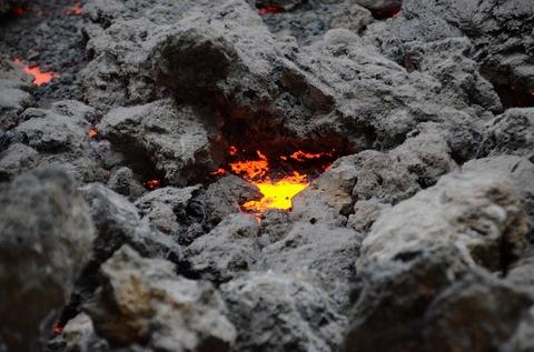 lava-2075076_640