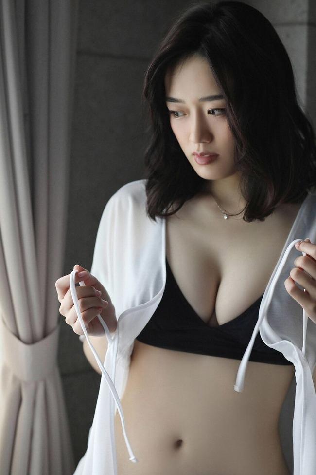清水綾乃 グラビア (24)