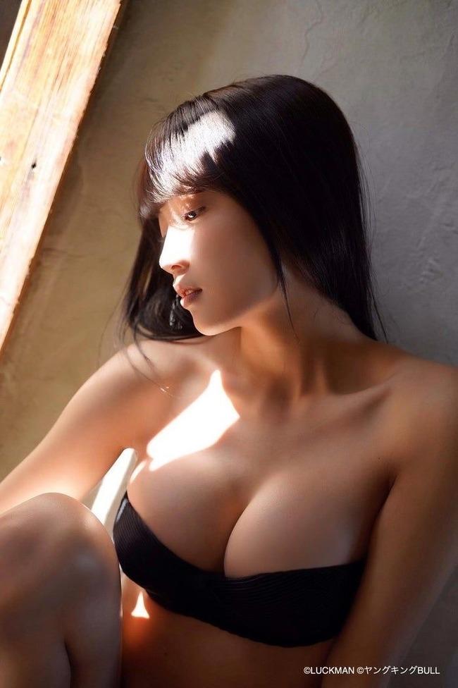 黒木ひかり グラビア (4)