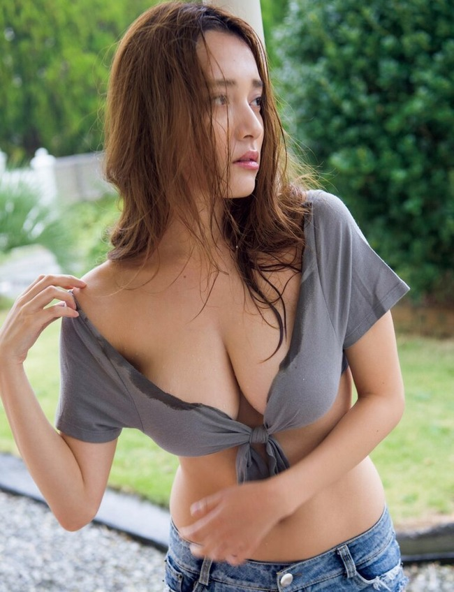 都丸紗也華 グラビア (3)