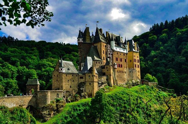 castle-2380219_960_720