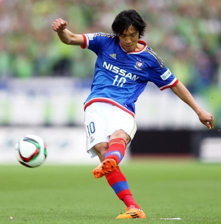【サッカー】橫浜・中村俊輔が磐田へ移籍!背番號10 : はちま起稿