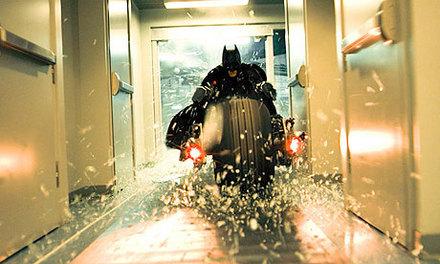バットマン-ダークナイト-バットポッド-2