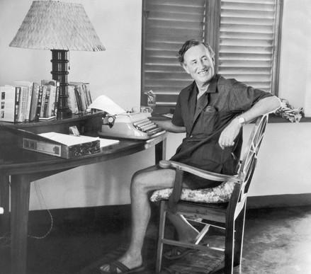 イアン・フレミング生誕100年-ジェームズ・ボンド-1