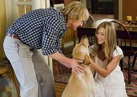 マーリー-世界一おバカな犬が教えてくれたこと
