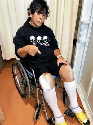 大仁田厚両膝の人工関節手術成功全治4カ月で米国興行延期か