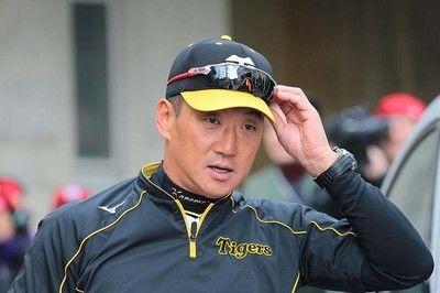 金本知憲監督が歩んだ3年間志半ばでユニホームを脱ぐ阪神監督の宿命
