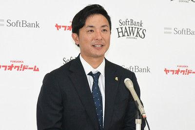 鷹・江川、300万円減で更改今季5試合の出場に終わり「正直覚悟していた」