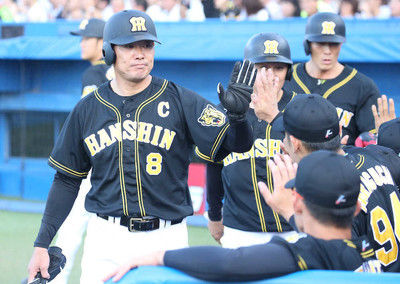 阪神15安打15点で大勝!岩貞が初回に危険球退場も…才木が救った
