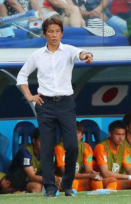 <サッカー日本代表>西野監督、ボール回しで選手に謝罪