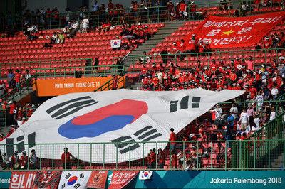 韓国代表戦で北朝鮮国歌、AFCが「前代未聞」のミスを謝罪