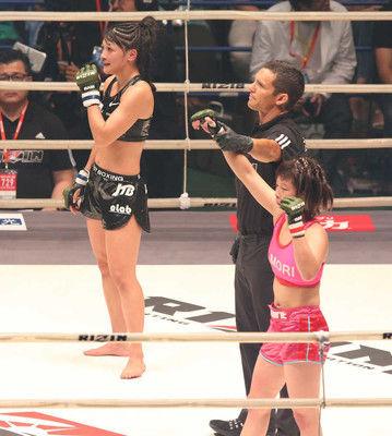 【RIZIN第10試合】浅倉カンナ女王の貫禄判定でRENAを返り討ち!